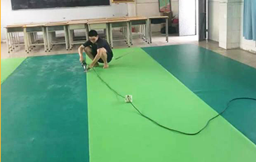 Zhongtang Middle School dance studio to the plasti